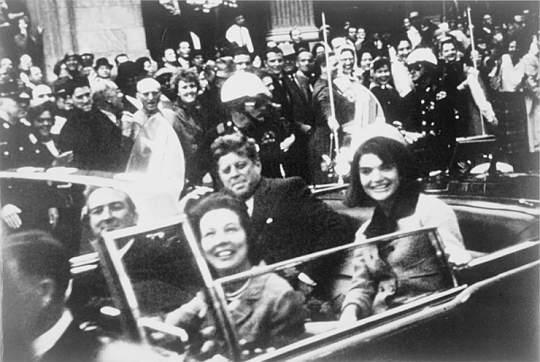 Last known photos of famous people - John F Kennedy
