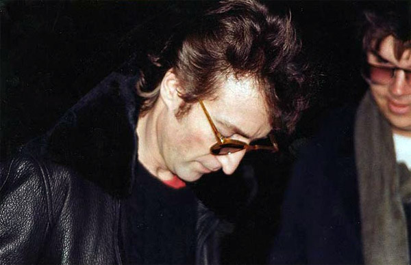 Last known photos of famous people - John Lennon